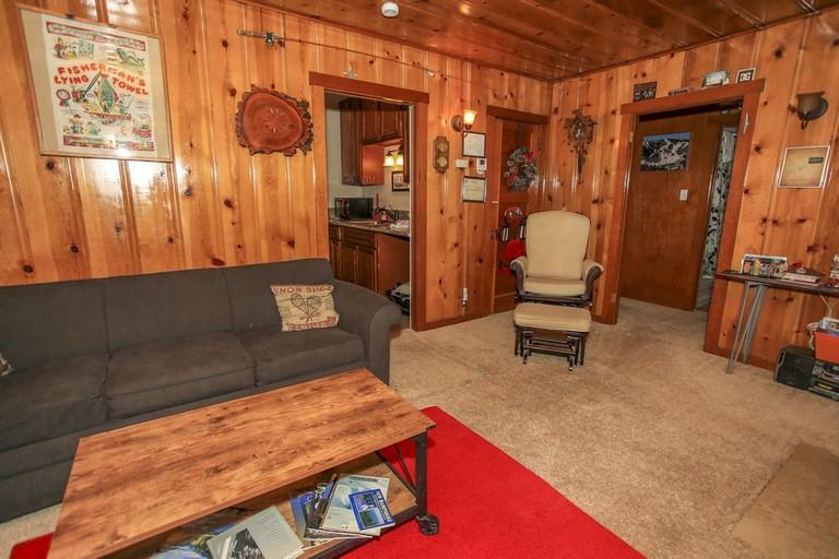 Big Bear Hotels Cabins Inspirational 1687 Pine Haus Vintage Cabin Ra Photos