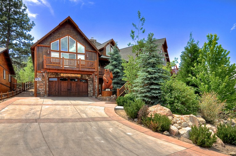 Big Bear Luxury Cabin Rentals