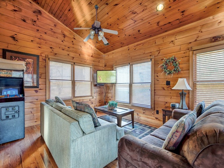 Nc Mountain Cabin Rentals With Hot Tub Fresh Gatlinburg Majesty Cabin In Gatlinburg W 4 Br Sleeps14 Pictures