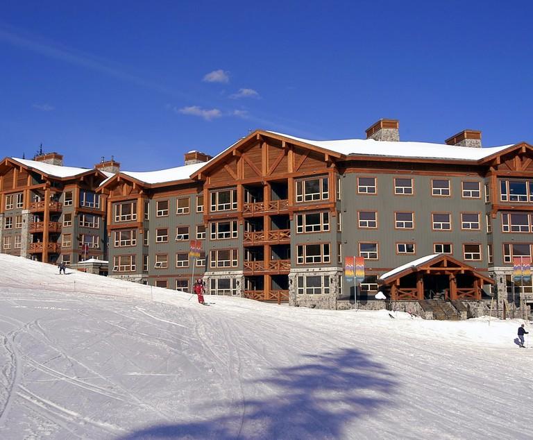 Luxury Ski Resorts East Coast E Two Ski Canada