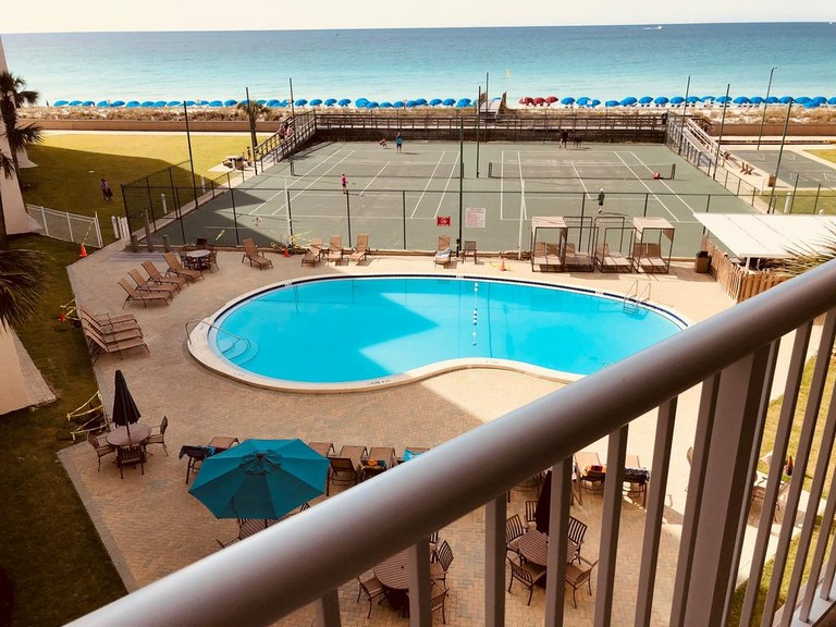 Holiday Surf And Racquet Club Destin Fl