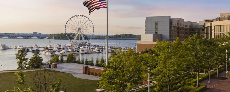 Hotels Near Gaylord National Resort & Convention Center