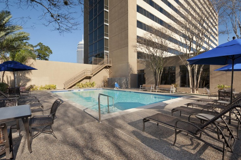 Hotels Near Houston Zoo