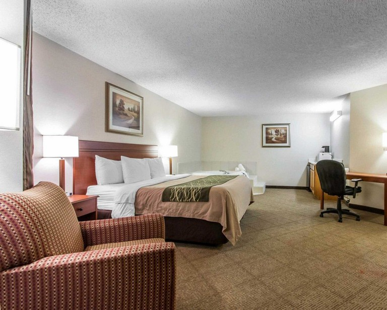 Hotels Near The Omaha Zoo