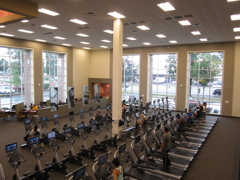 La Fitness New Hyde Park