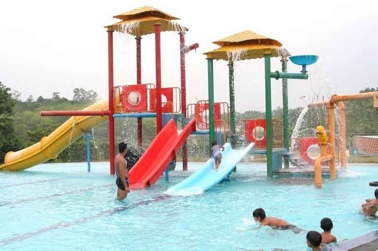 Leisure World Pools