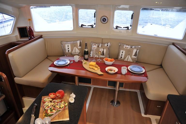 Live Aboard Sailing School