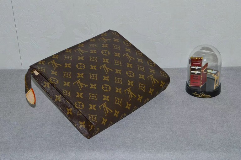 Lv Toiletry Bag