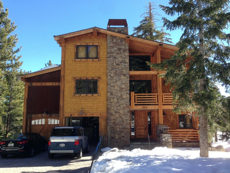 Mammoth Cabin Rental