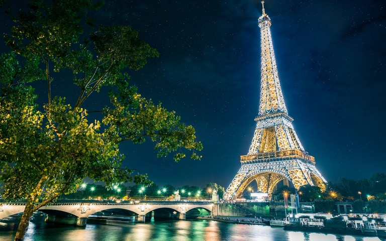 Paris France Vacation Packages
