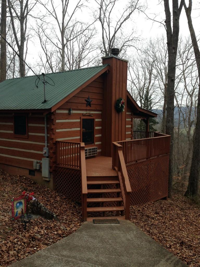 Pioneer Cabin Rentals