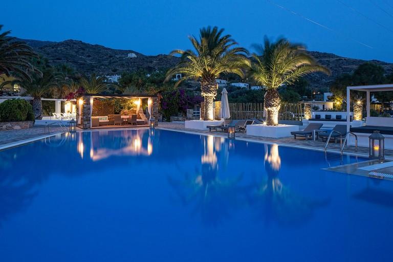 Resort Certs
