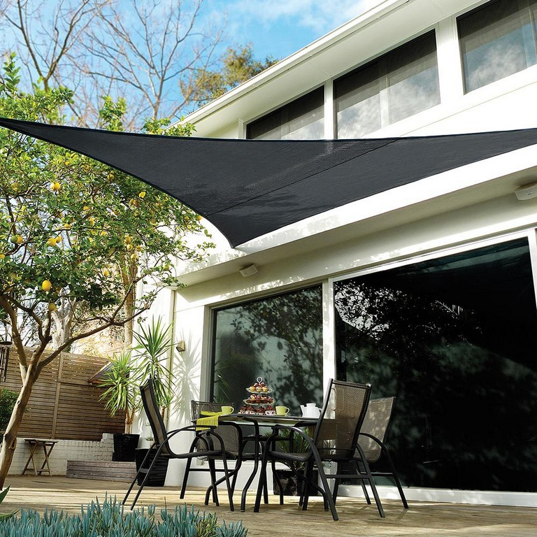 Right Angle Shade Sail