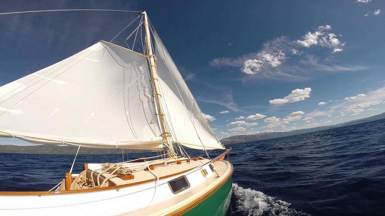 Sailing Lake Tahoe
