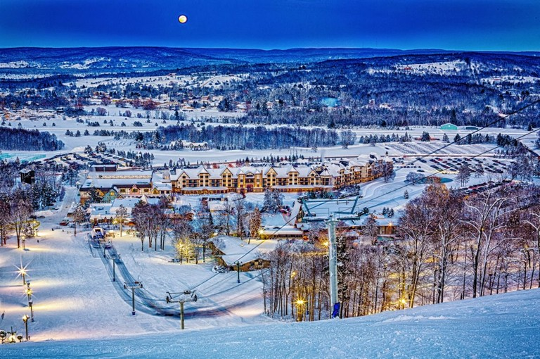 Ski Resorts In Michigan