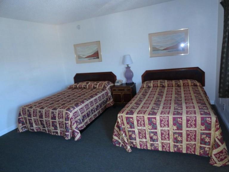 Travel Inn North Hills Ca