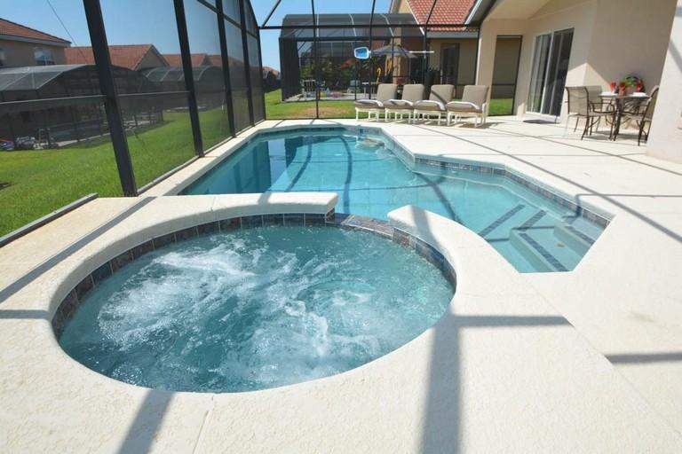 Vacation Rentals Near Universal Studios Orlando