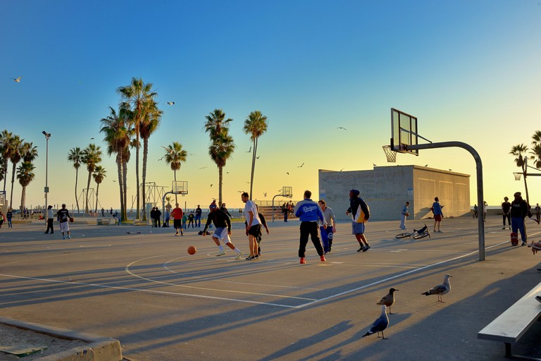California Venice Beach Hotels Fun Activities And Attractions In Los Angeles For Teens
