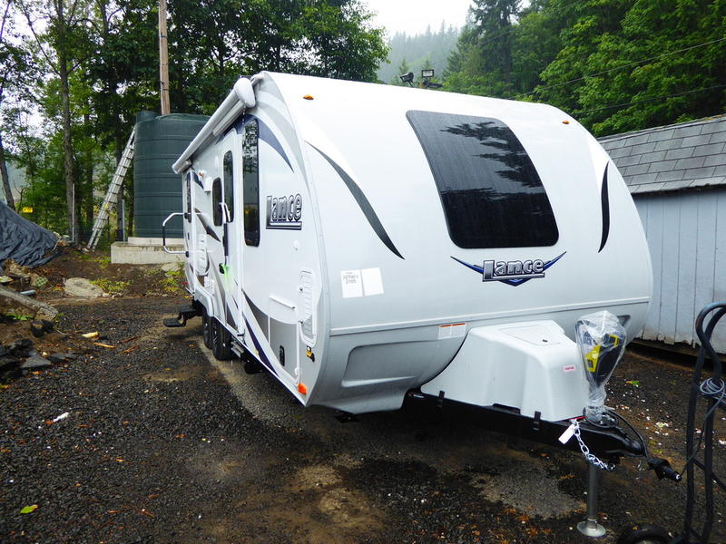 Lance 2185 Travel Trailer