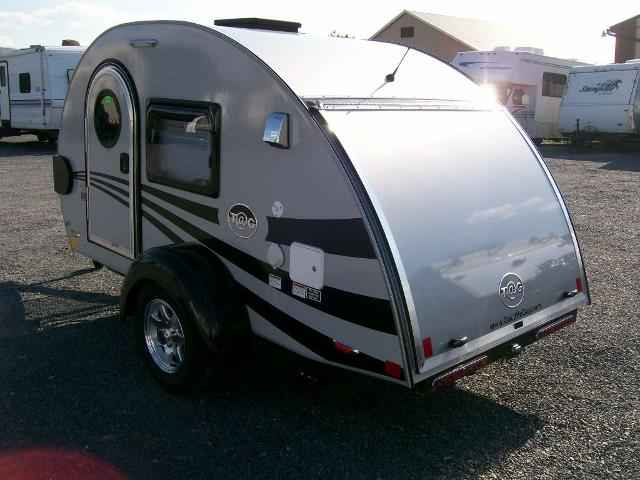 Travel Trailer Front Window Cover